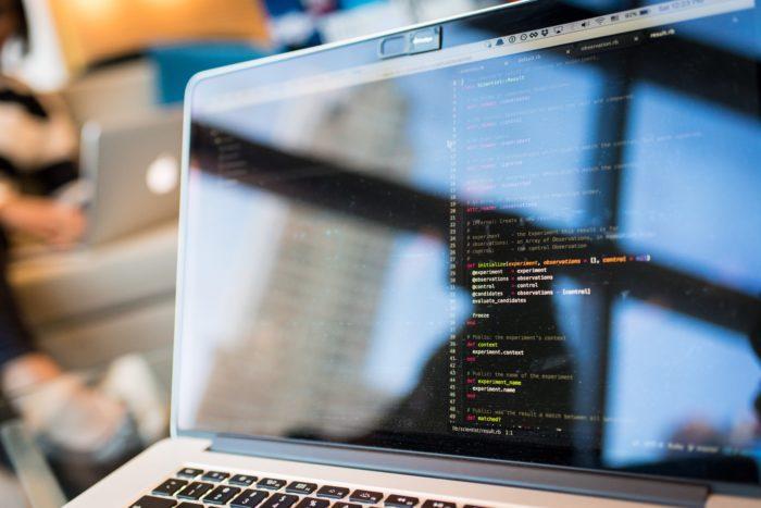 【WordPress】Gistを使用せずにブログにコードを表示させる方法