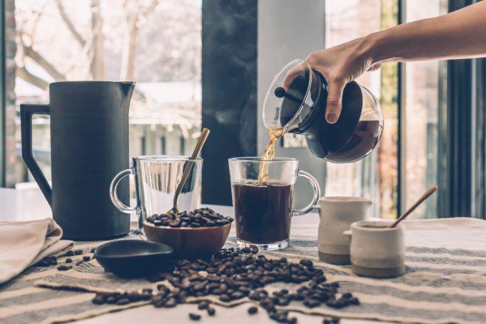 【健康】会社の昼過ぎが眠い!を解消するシンプルな方法②カフェインの力を借りる