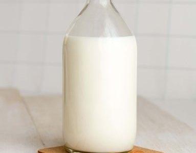 アーモンドミルクが高いなら、アーモンドを食べればいいじゃない。
